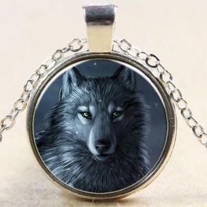 Jewelry - Wolf 🐺 necklace